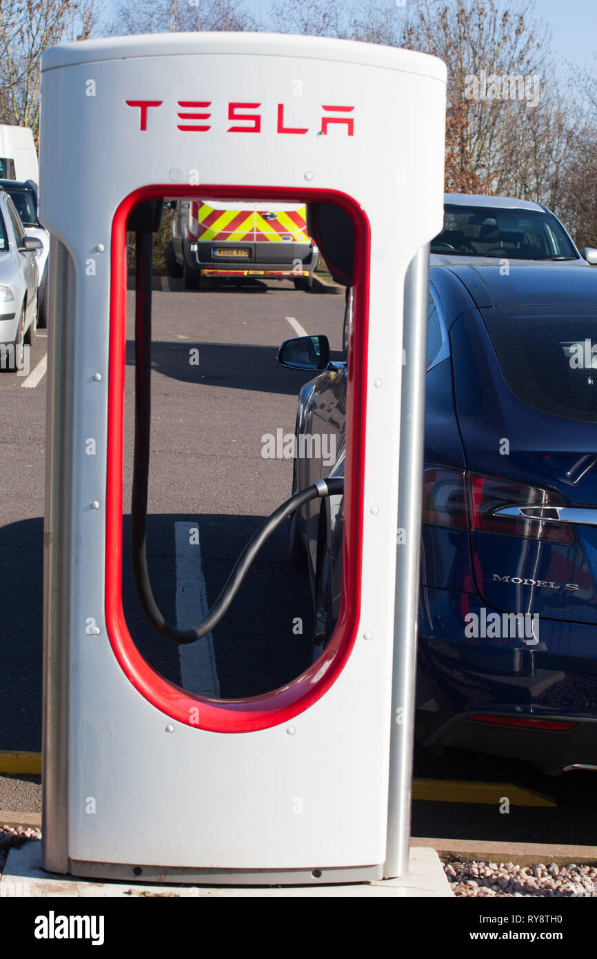 Electrical charging point for cars at Motorway services -M54 Stock Photo