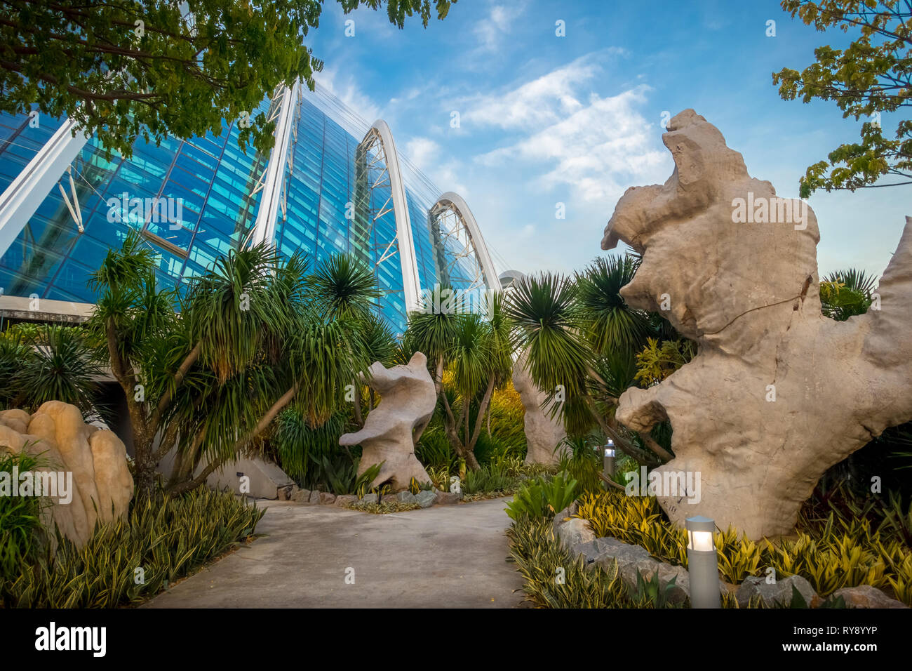 Flower Dome and Rock Garden Path - Daytime at Gardens By The bay - Singapore - Stock Image
