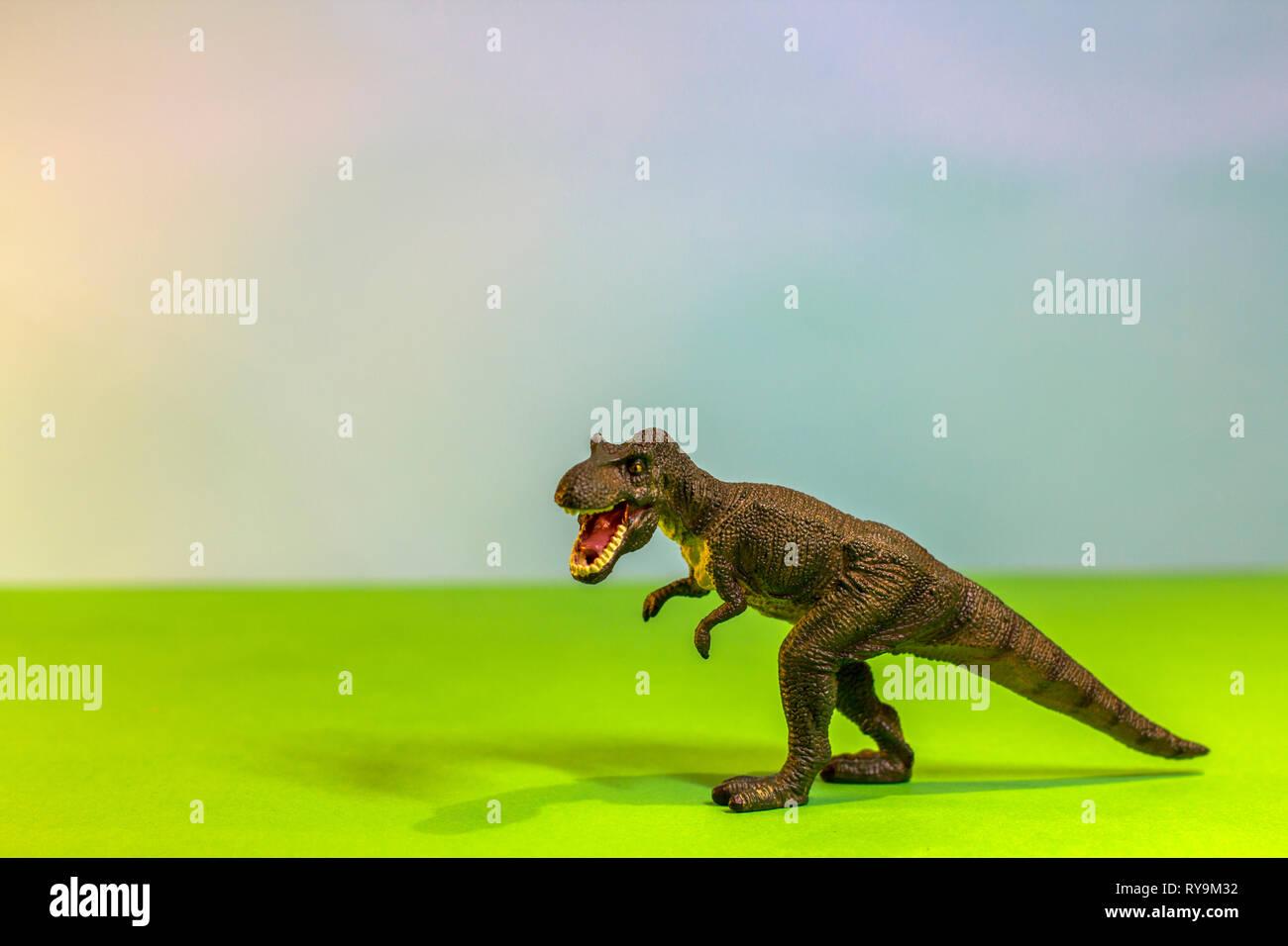 Animals & Dinosaurs Bright Dinosaur Toy Figure Bundle
