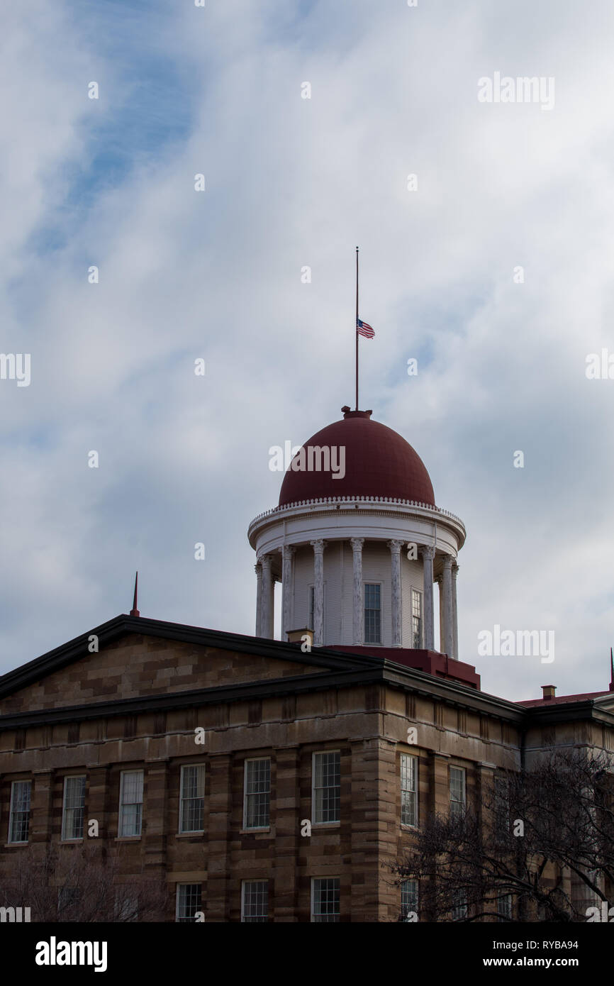 Old glory flying above the rotunda on the old (original) state capitol building in Springfield, Illinois. - Stock Image