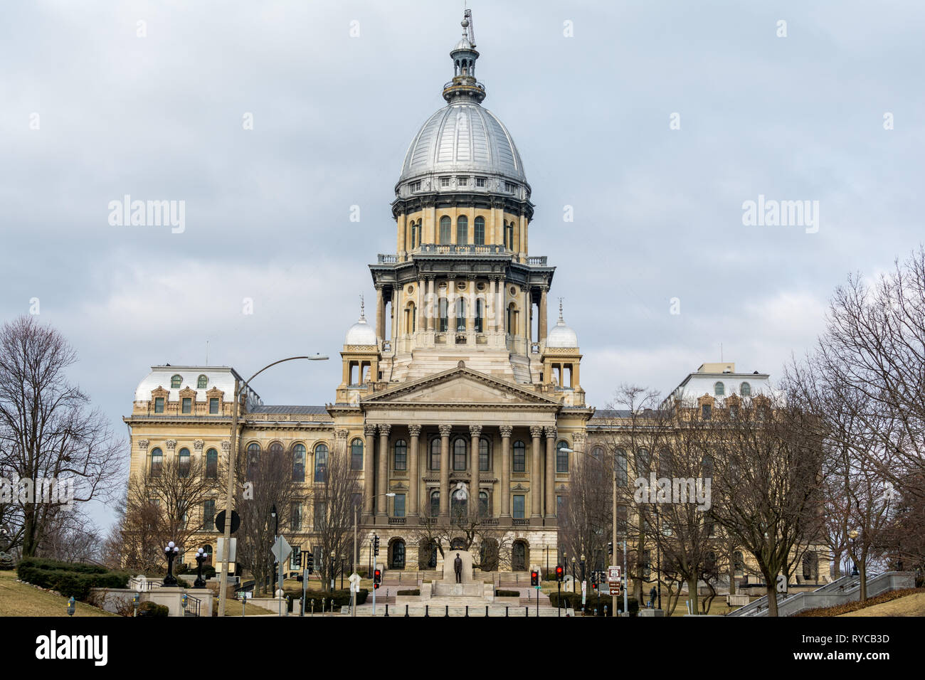 Morning light on the state capitol building in Springfield, Illinoi - Stock Image