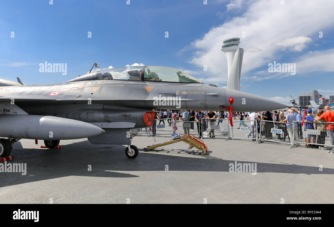 ISTANBUL, TURKEY - SEPTEMBER 23, 2018: General Dynamics F-16 Fighting Falcon in Teknofest Istanbul Aeronautics, Space and Technology Festival - Stock Image