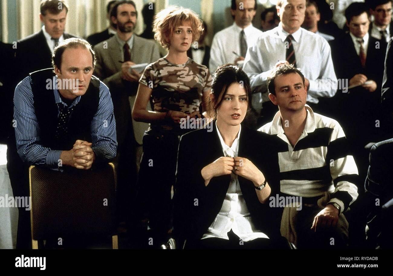 TIM MCINNERNY,EMMA CHAMBERS, GINA MCKEE,HUGH BONNEVILLE, NOTTING HILL, 1999 - Stock Image