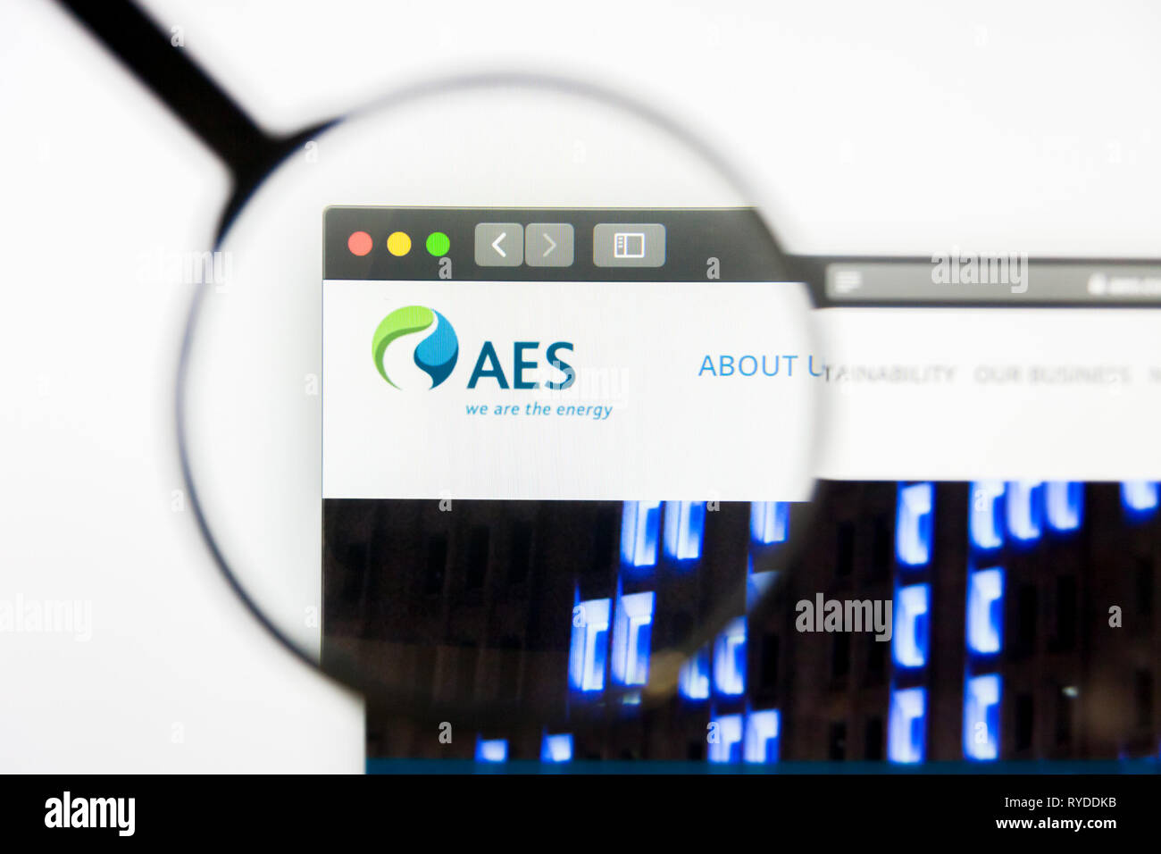 Los Angeles, California, USA - 12 March 2019: Illustrative Editorial, AES website homepage. AES logo visible on screen - Stock Image