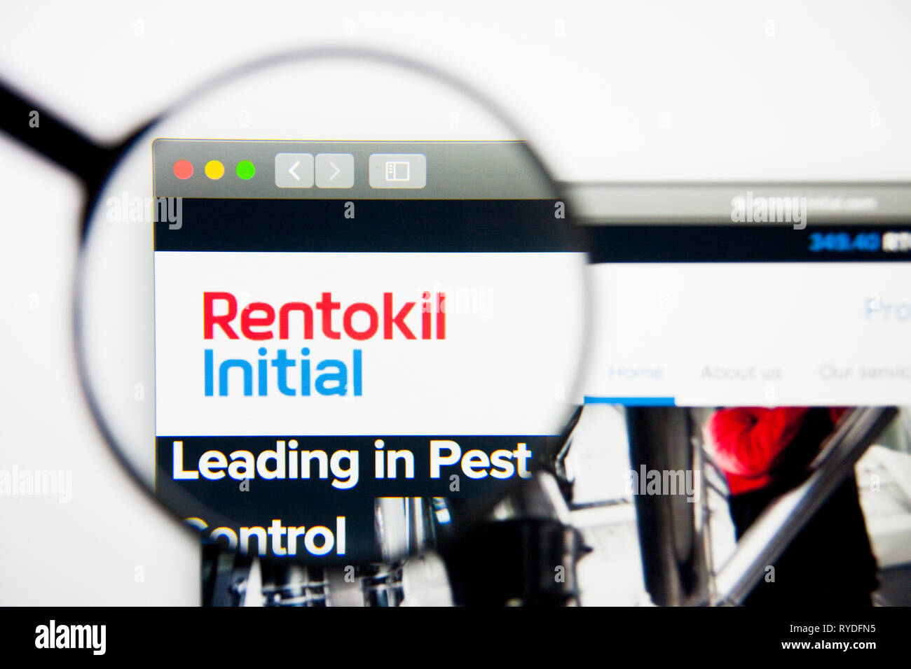 Los Angeles, California, USA - 28 February 2019: Rentokil Initial website homepage. Rentokil Initial logo visible on display screen, Illustrative - Stock Image