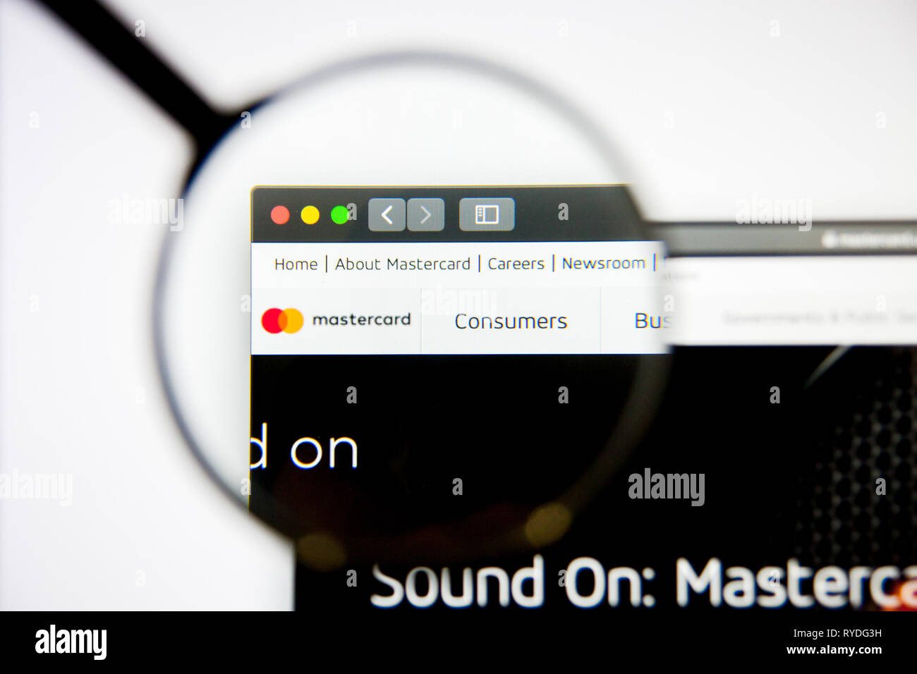 Los Angeles, California, USA - 5 March 2019: Mastercard website homepage. Mastercard logo visible on display screen, Illustrative Editorial - Stock Image