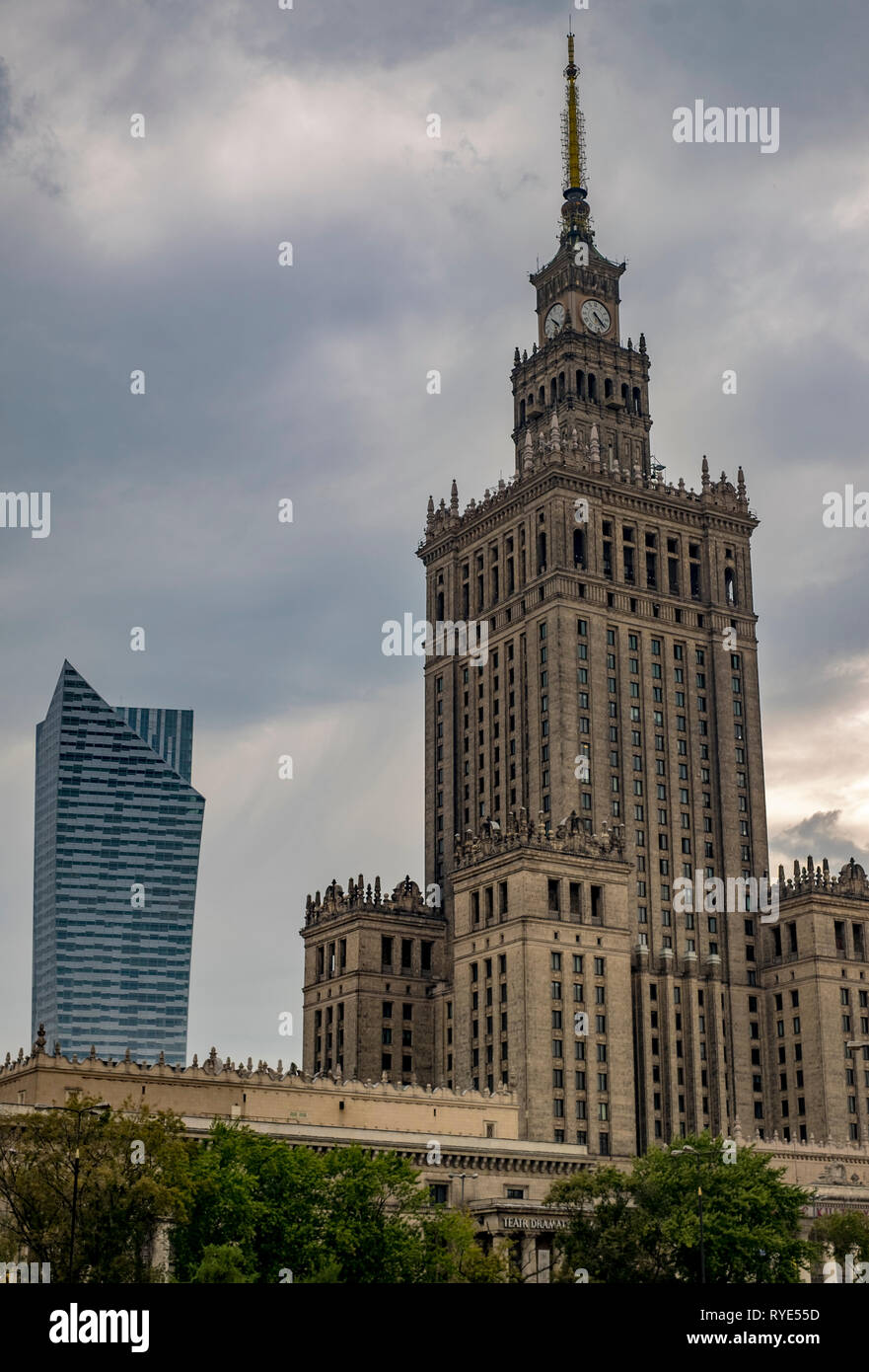 """The Palace of Culture or """"Palac Kultury"""" in downtown Warsaw, Poland, an example of the Socialist Realist architectural style Stock Photo"""