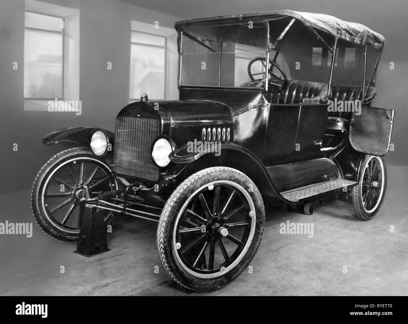 transport / transportation, cars, vehicle variants, Ford Model T 1915, view from left ahead, Germany, 1950s, Additional-Rights-Clearance-Info-Not-Available - Stock Image
