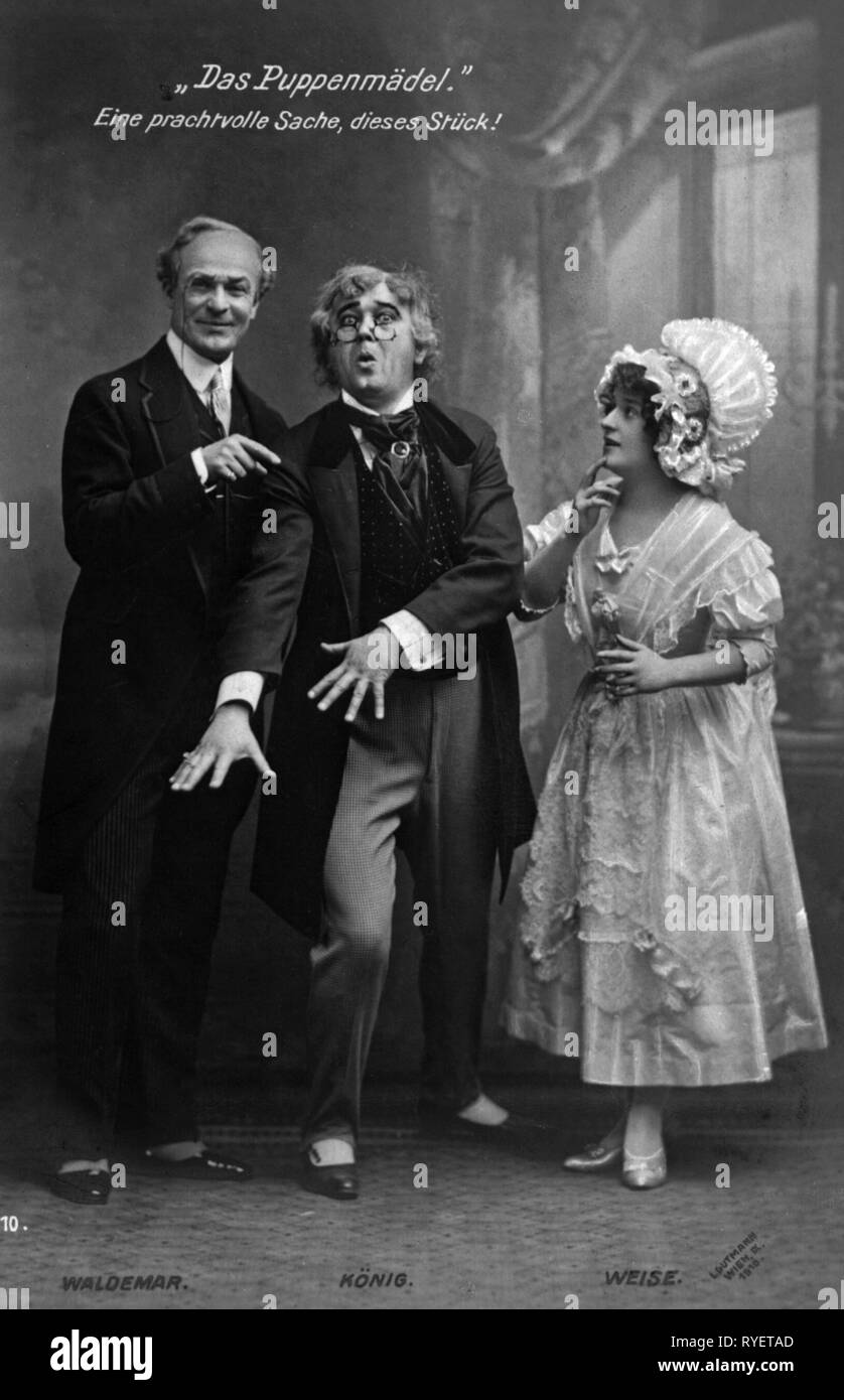 theatre / theater, turn of the century, Richard Waldemar, Josef Koenig, Lisa Weise, in: 'Das Puppenmaedel', by Leo Fall, picture postcard, Vienna, 1910, Additional-Rights-Clearance-Info-Not-Available - Stock Image