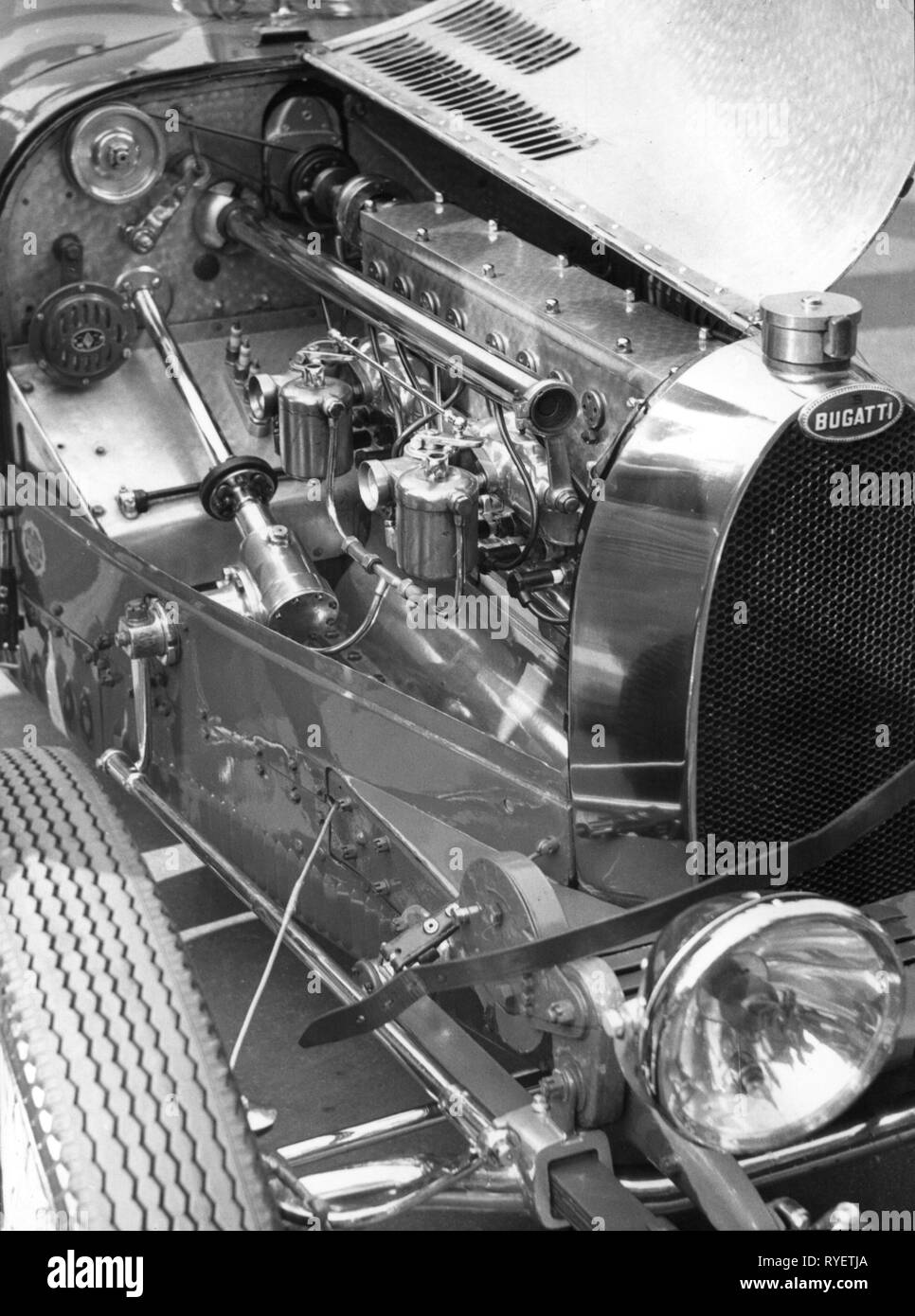 transport / transportation, car, vehicle variants, Bugatti type 30, year of construction: 1925, detail, view under bonnet, 1960, engine, motor, engines, motors, technics, technology, technologies, gear, gearbox, gearing, gear unit, gearing mechanism, transmission, gearcase, gears, gearboxes, gearings, gear units, gearing mechanisms, transmissions, gearcases, touring car, touring cars, transport, transportation, car, cars, vehicle variants, Italy, 60s, 1920s, 20s, 20th century, 1960s, type, types, detail, details, view, views, bonnet, hood, bonnet, Additional-Rights-Clearance-Info-Not-Available - Stock Image