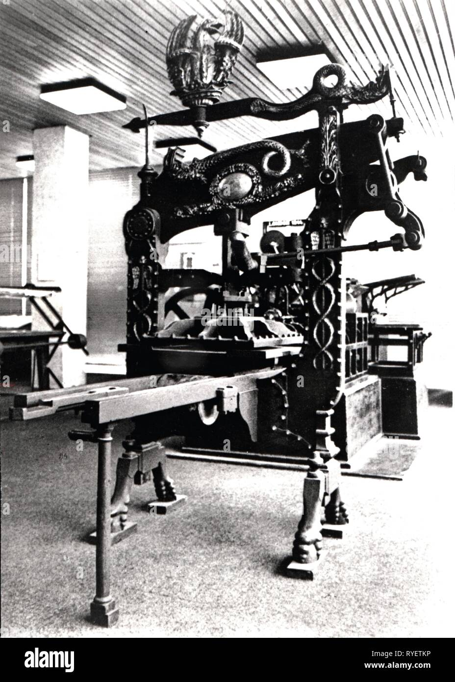 technics, typography, machinery, Columbian printing press of George E. Clymer, circa 1815, view, 1960s, Additional-Rights-Clearance-Info-Not-Available - Stock Image
