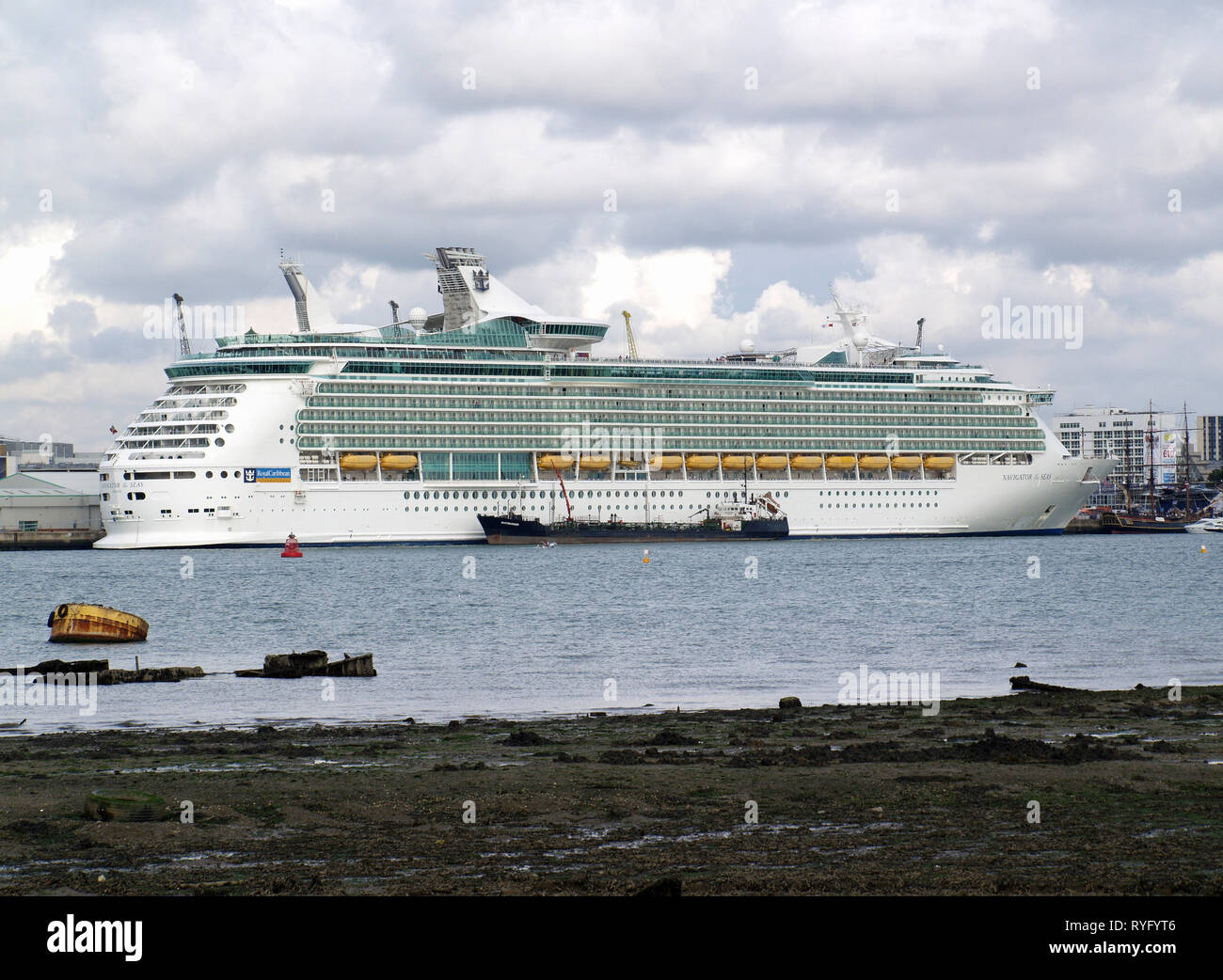 Royal Caribbean cruise liner, Navigator of the Seas being refuelled by tanker Whitmariner at Southampton Docks - Stock Image
