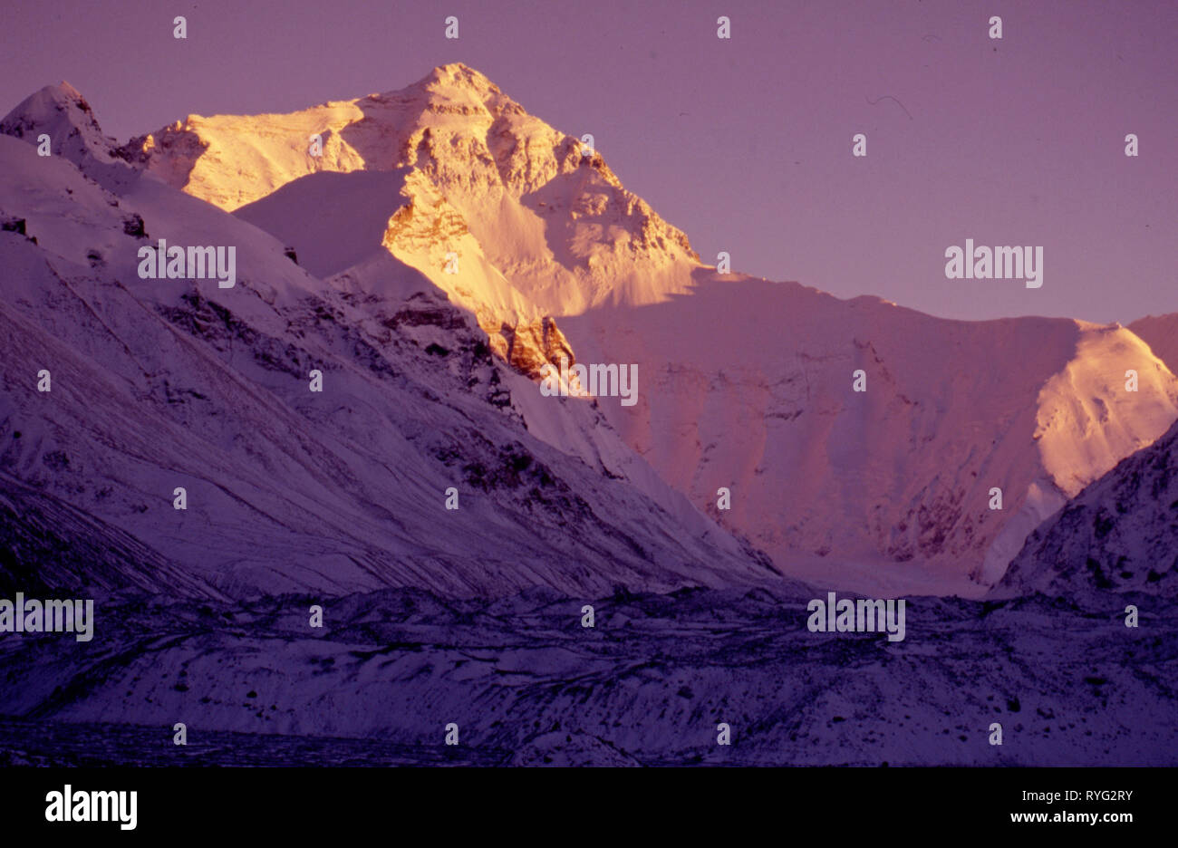 Evening light on Everest as seen from the Rongbuk valley in Tibet, photographed in 1990's - Stock Image