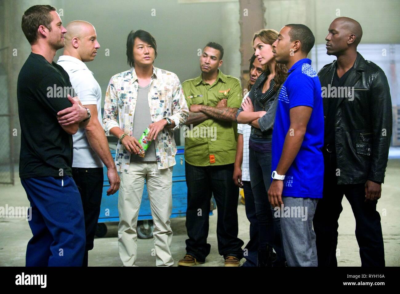 Paul Walker Vin Diesel Sung Kang Don Omar Tego Calderon Gal Gadot Ludacris Tyrese Gibson Fast Five 2011 Stock Photo Alamy