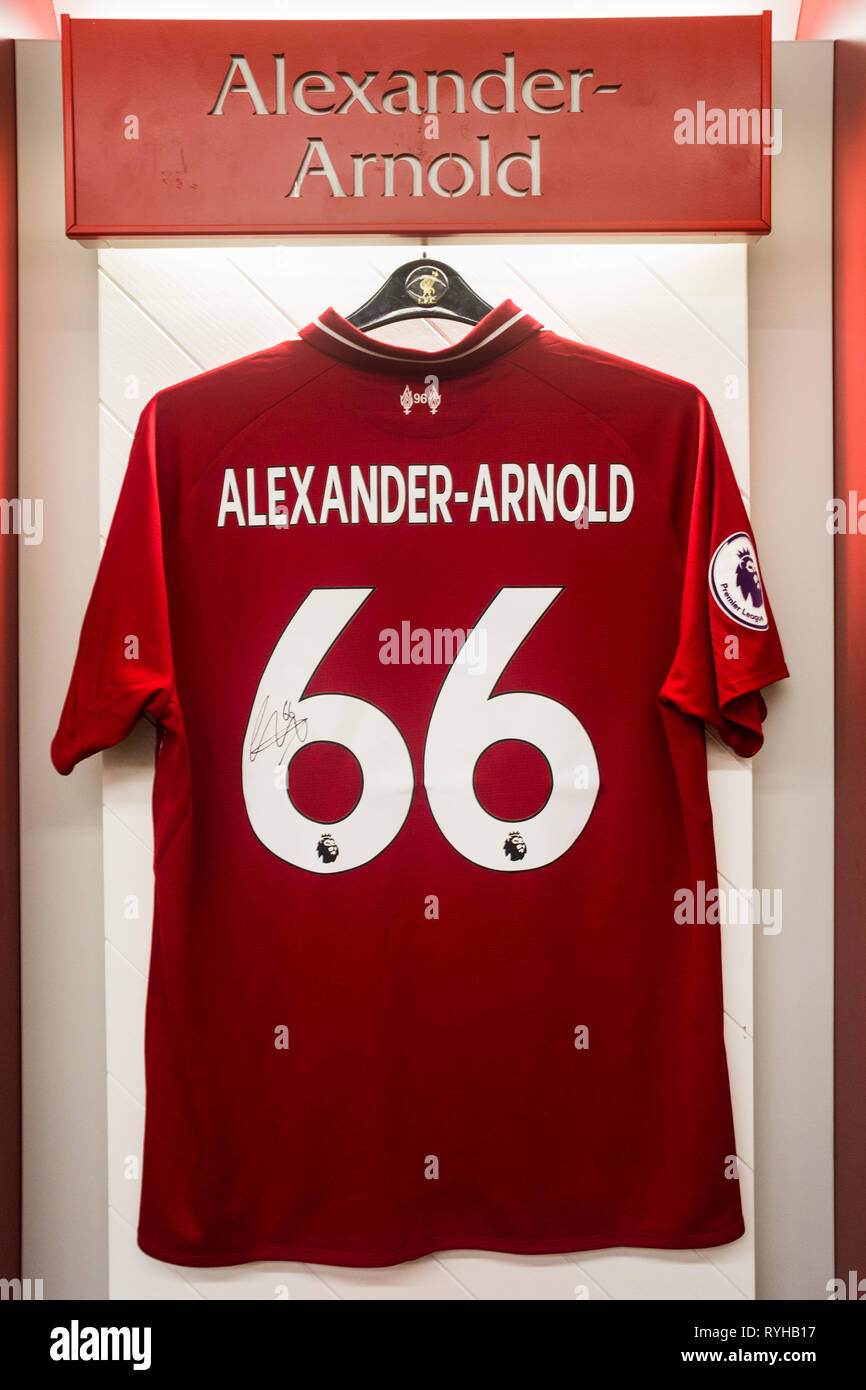 the latest 08011 df4af Trent Alexander Arnold Stock Photos & Trent Alexander Arnold ...