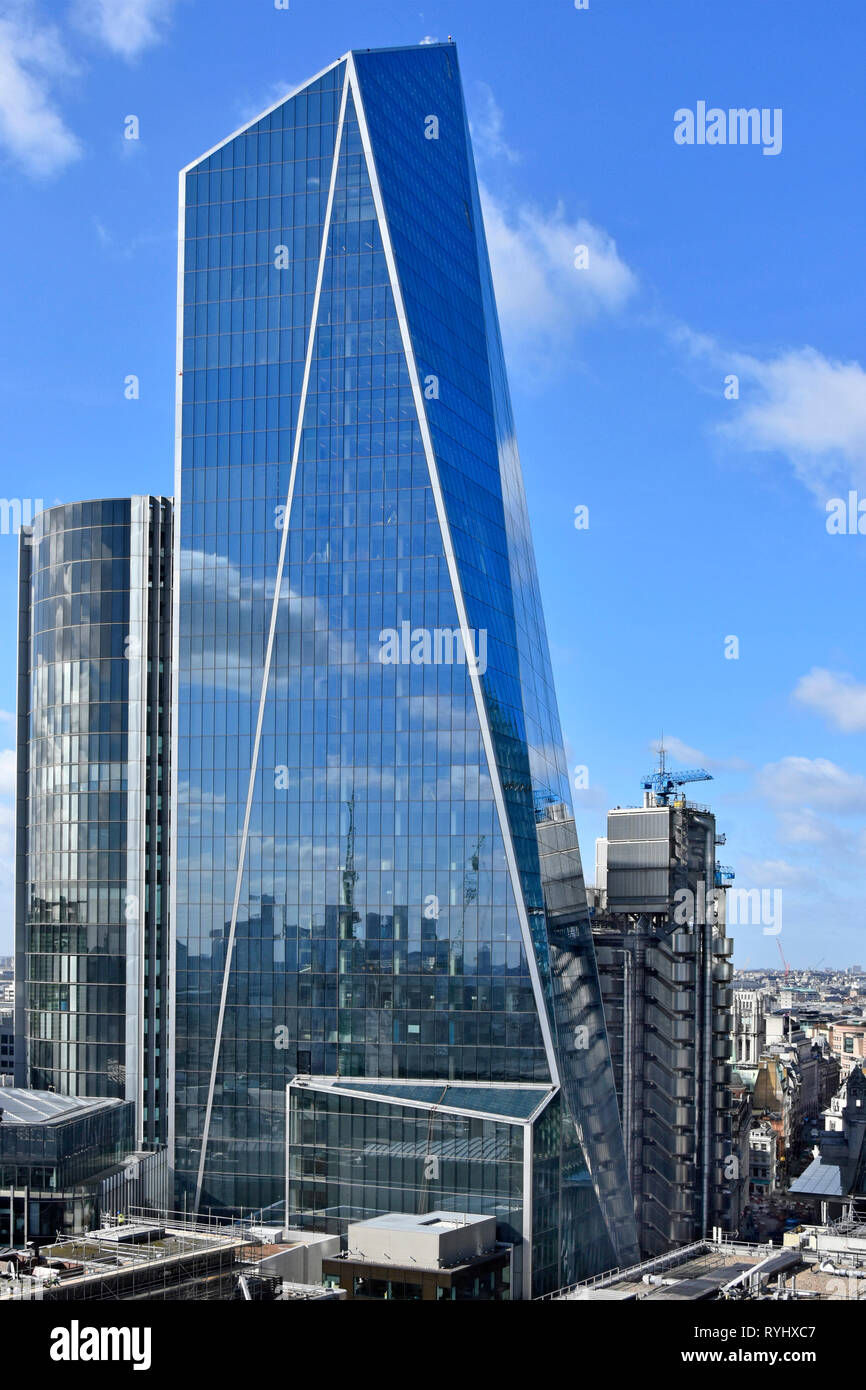 City of London new landmark Scalpel  skyscraper glass office building & reflections on glazing cladding dwarfs Lloyds of London insurance England UK - Stock Image