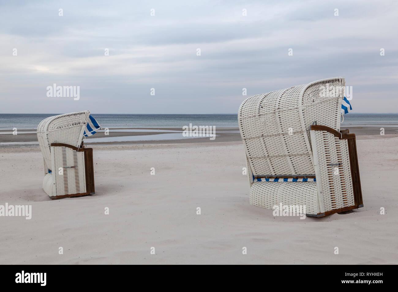 Strandkörbe an der Ostsee bei Scharbeutz, Schleswig-Holstein, Deutschland - Stock Image