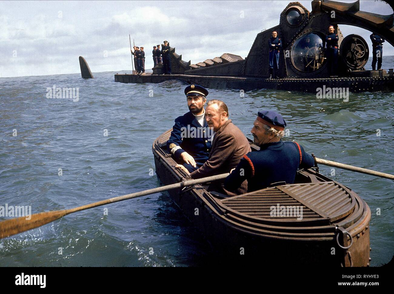 JAMES MASON, PAUL LUKAS, 20 000 LEAGUES UNDER THE SEA, 1954 - Stock Image
