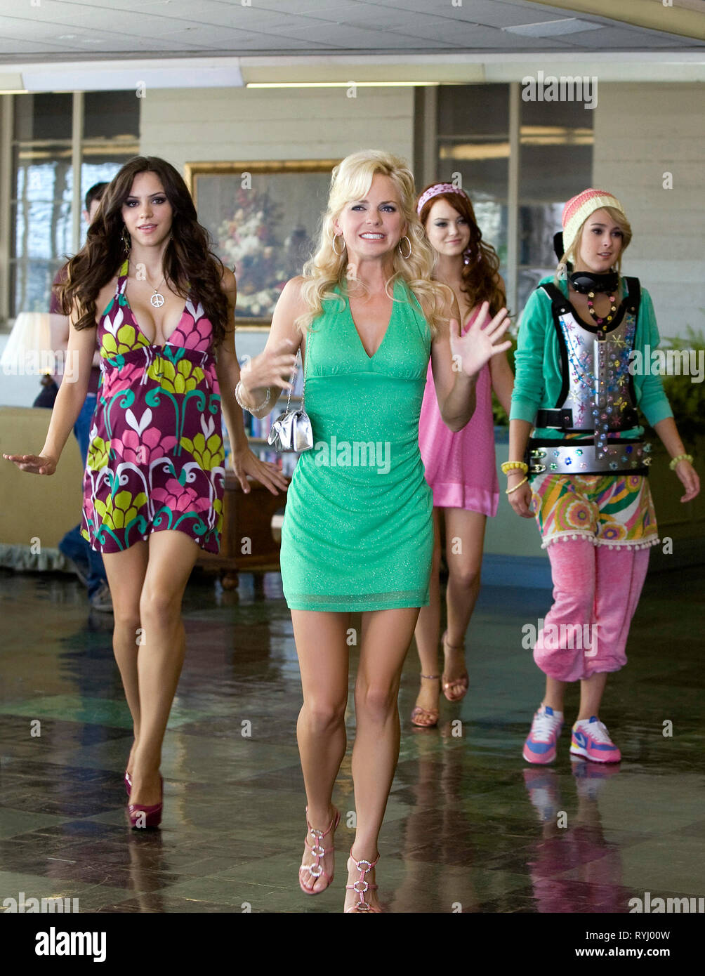 Katharine Mcphee Anna Faris Emma Stone Rumer Willis The House Bunny 2008 Stock Photo Alamy