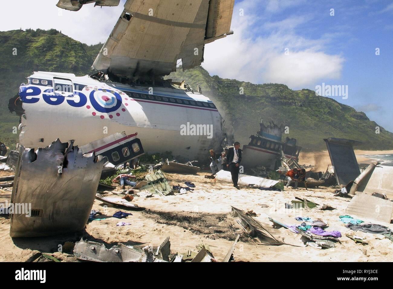 CRASHED PLANE ON ISLAND BEACH, LOST : SEASON 1, 2004 - Stock Image