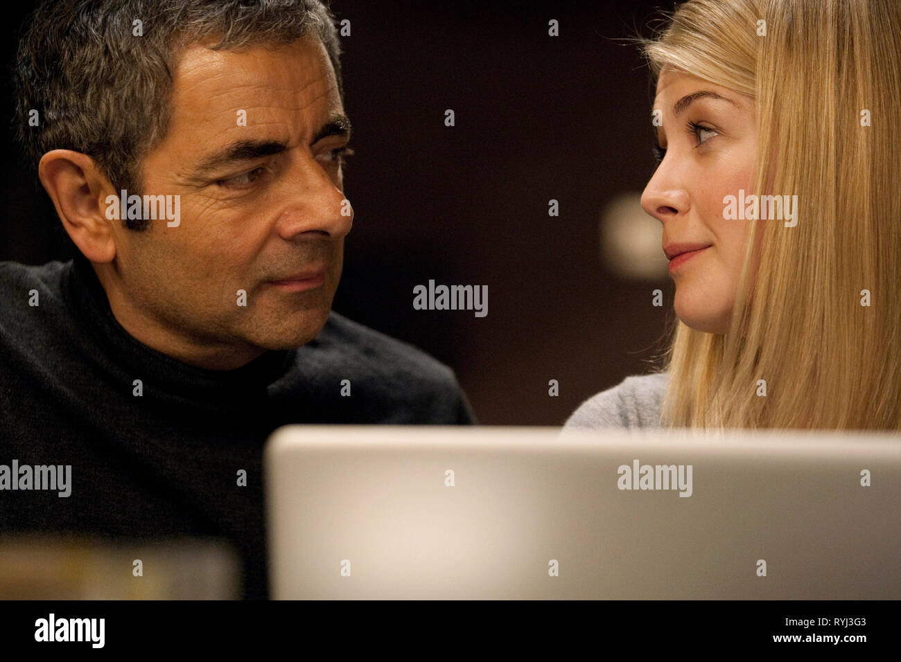 ROWAN ATKINSON, ROSAMUND PIKE, JOHNNY ENGLISH REBORN, 2011 - Stock Image