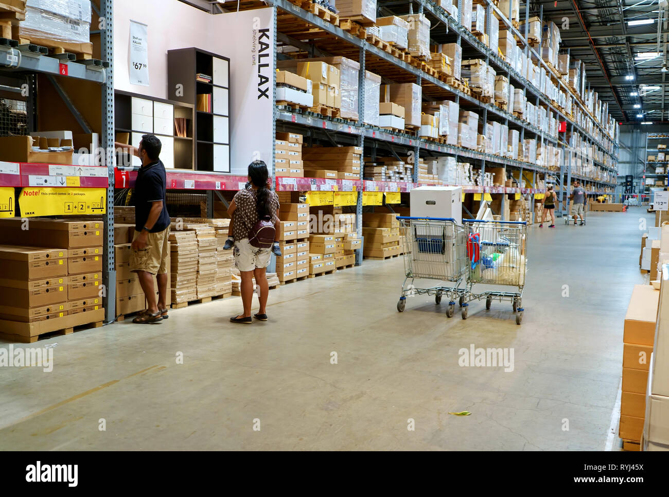 Home Decor Store High Resolution Stock Photography And Images Alamy