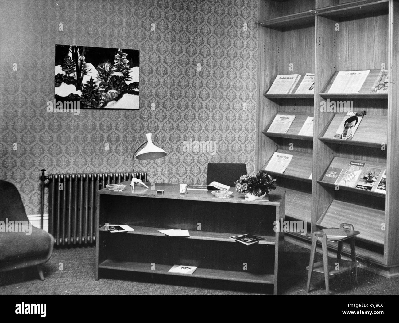 geography / travel, Great Britian, culture, German Cultural Institute, London, shortly before opening, interior view, vestibule of the concert room, 30.1.1958, Additional-Rights-Clearance-Info-Not-Available - Stock Image