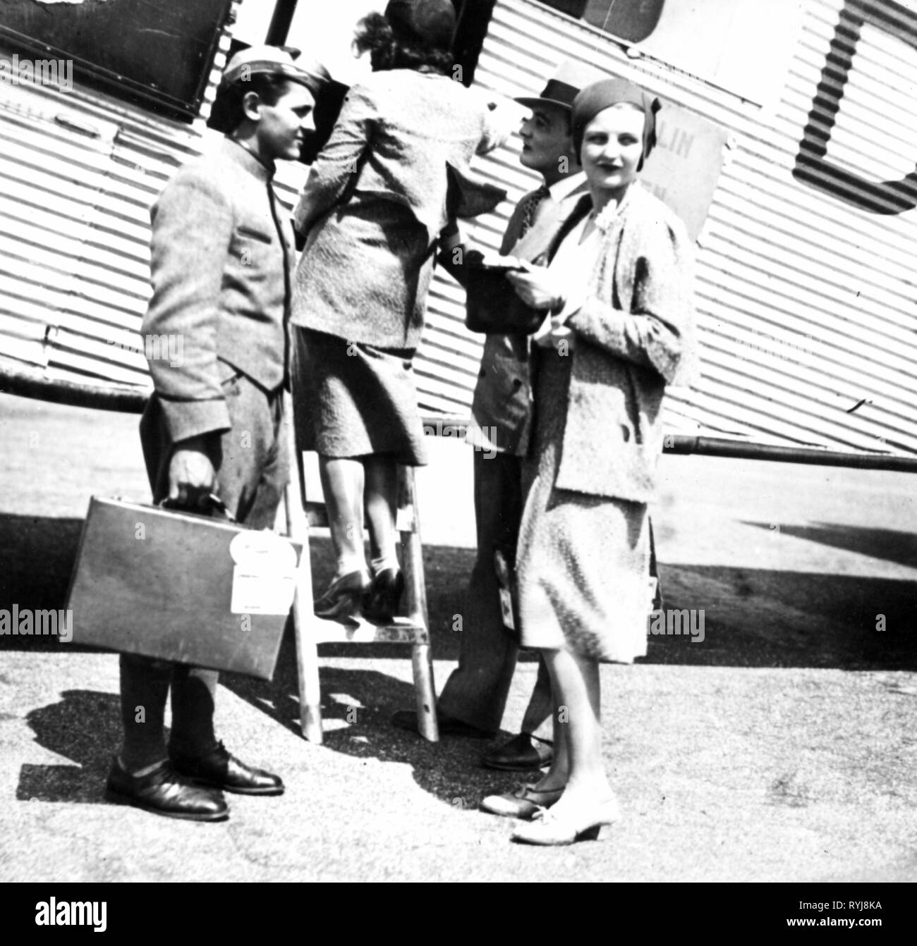 transport / transportation, aviation, airlines, Deutsche Luft Hansa, passengers boarding a Junkers G 31, Germany, later 1920s, Additional-Rights-Clearance-Info-Not-Available - Stock Image