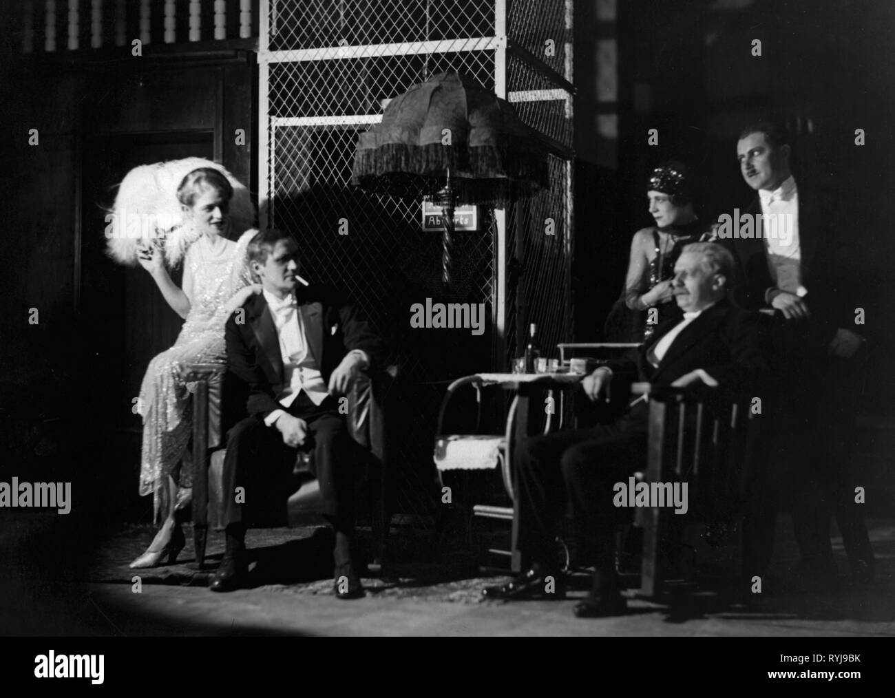 theatre / theater, play, unidentified play, production design, second from left: Hans Schweikart (?), Kammerspiele, Munich (?), 1920s, Additional-Rights-Clearance-Info-Not-Available - Stock Image