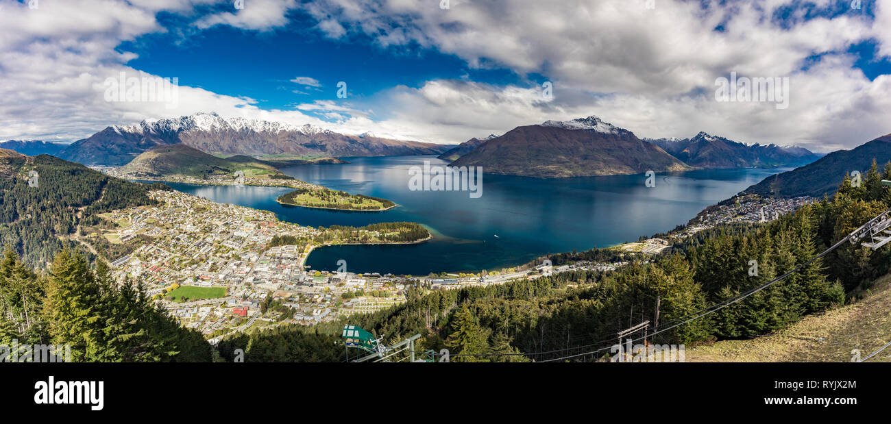 Panoramic view, The remarkables, Lake Wakatipu and Queenstown, South Island, New Zealand - Stock Image