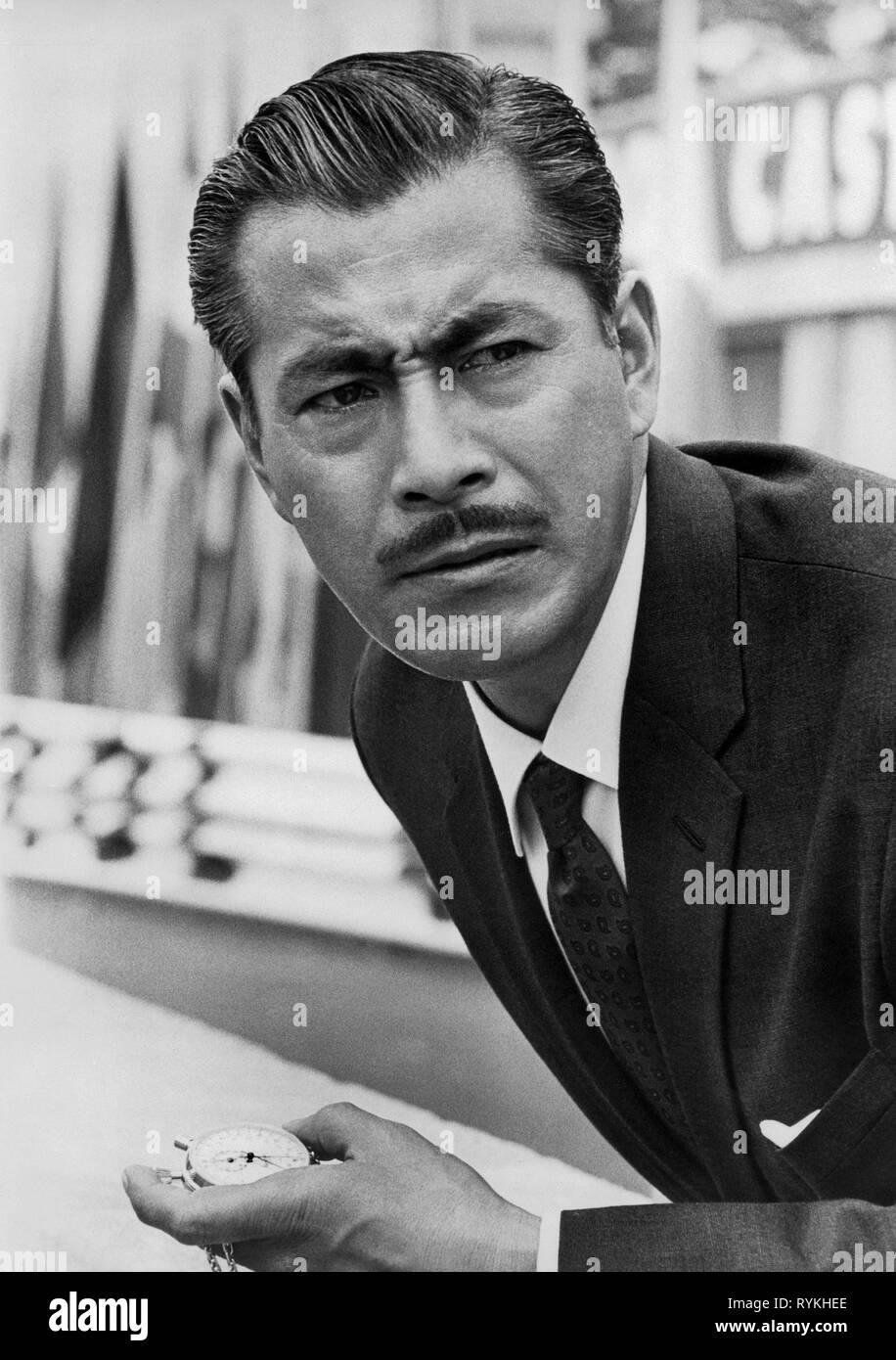 toshiro-mifune-grand-prix-1966-RYKHEE.jp