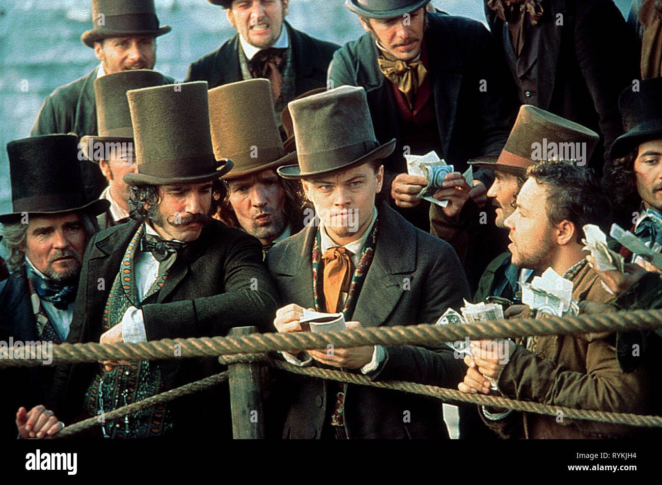 DAY-LEWIS,DICAPRIO, GANGS OF NEW YORK, 2002 Stock Photo