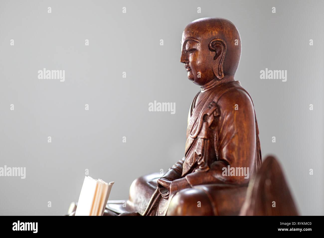 Zen sesshin (retreat) in Paris, France. Altar. - Stock Image