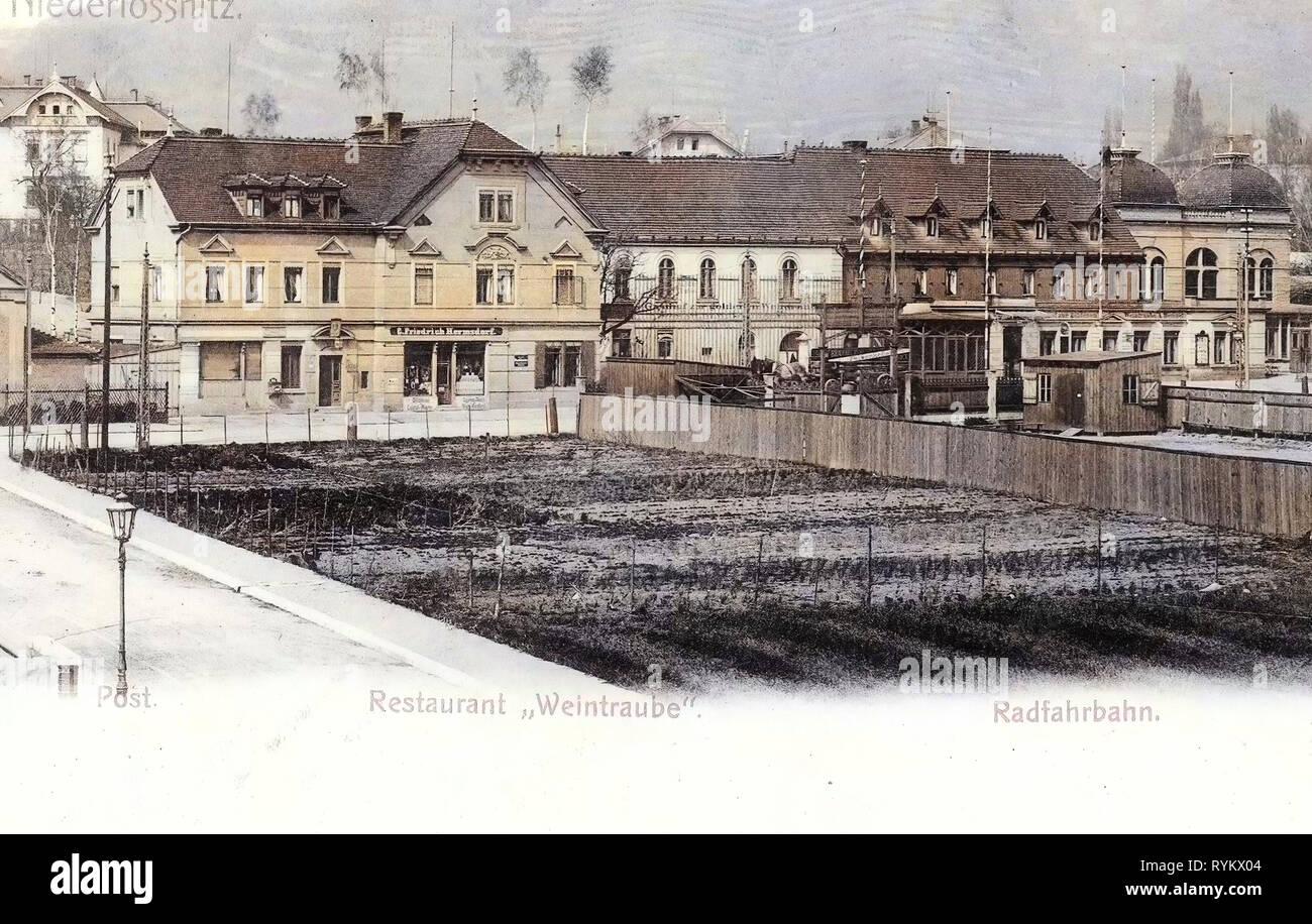 Gasthof Goldene Weintraube, 1902, Landkreis Meißen, Niederlößnitz, Radfahrbahn, Restaurant Weintraube, Germany Stock Photo