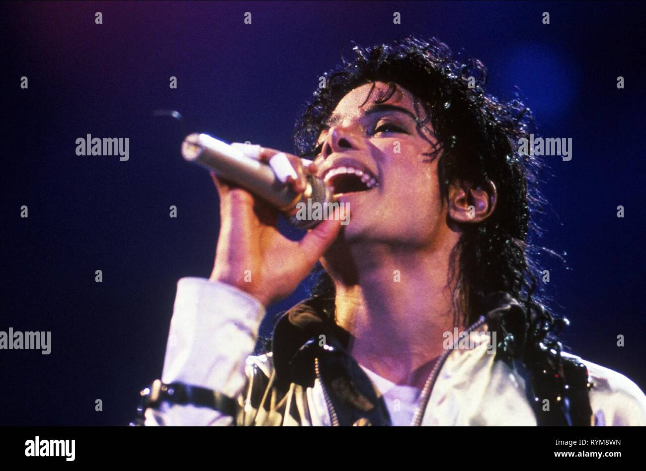 MICHAEL JACKSON, MICHAEL JACKSON: THE INSIDE STORY - WHAT KILLED THE KING OF POP?, 2010 - Stock Image