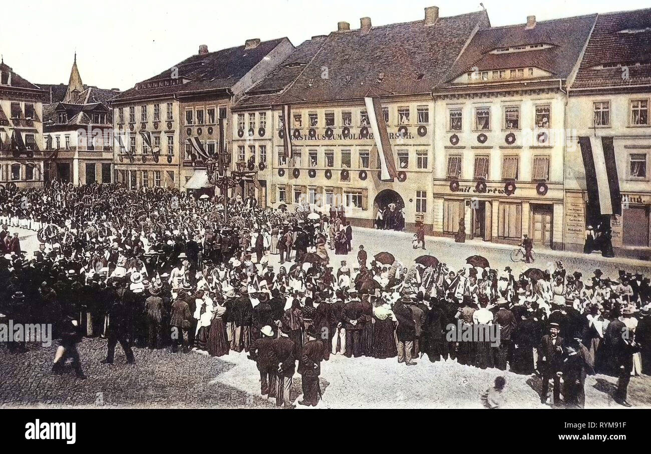 Funfairs in Germany, Kamenz, 1903, Landkreis Bautzen, Goldner Hirsch (Kamenz), Forstfestzug auf dem Markt - Stock Image