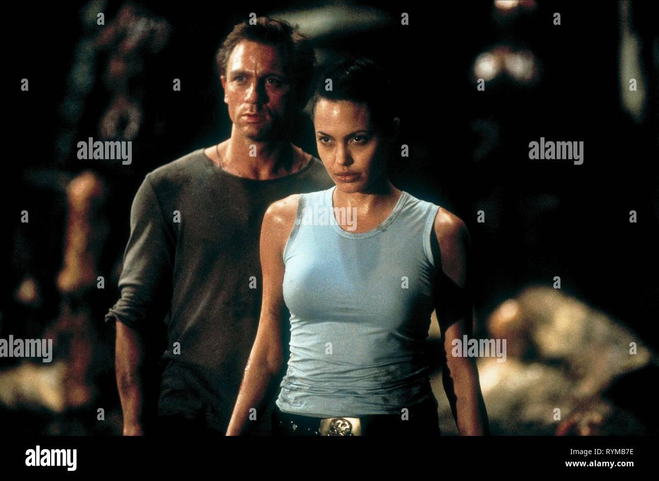 CRAIG,JOLIE, LARA CROFT: TOMB RAIDER, 2001 - Stock Image