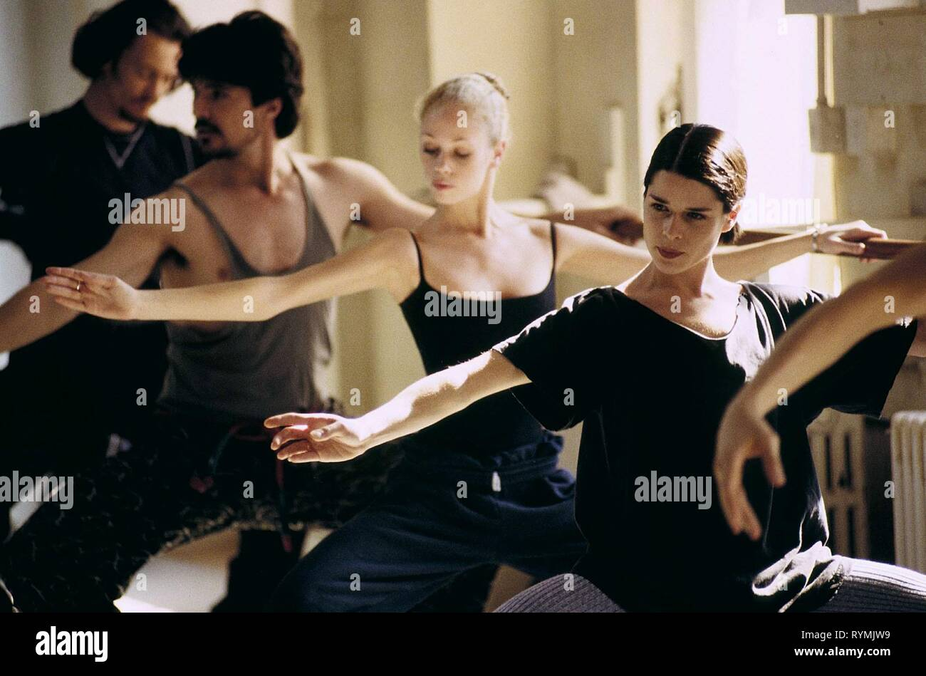 NEVE CAMPBELL, THE COMPANY, 2003 - Stock Image