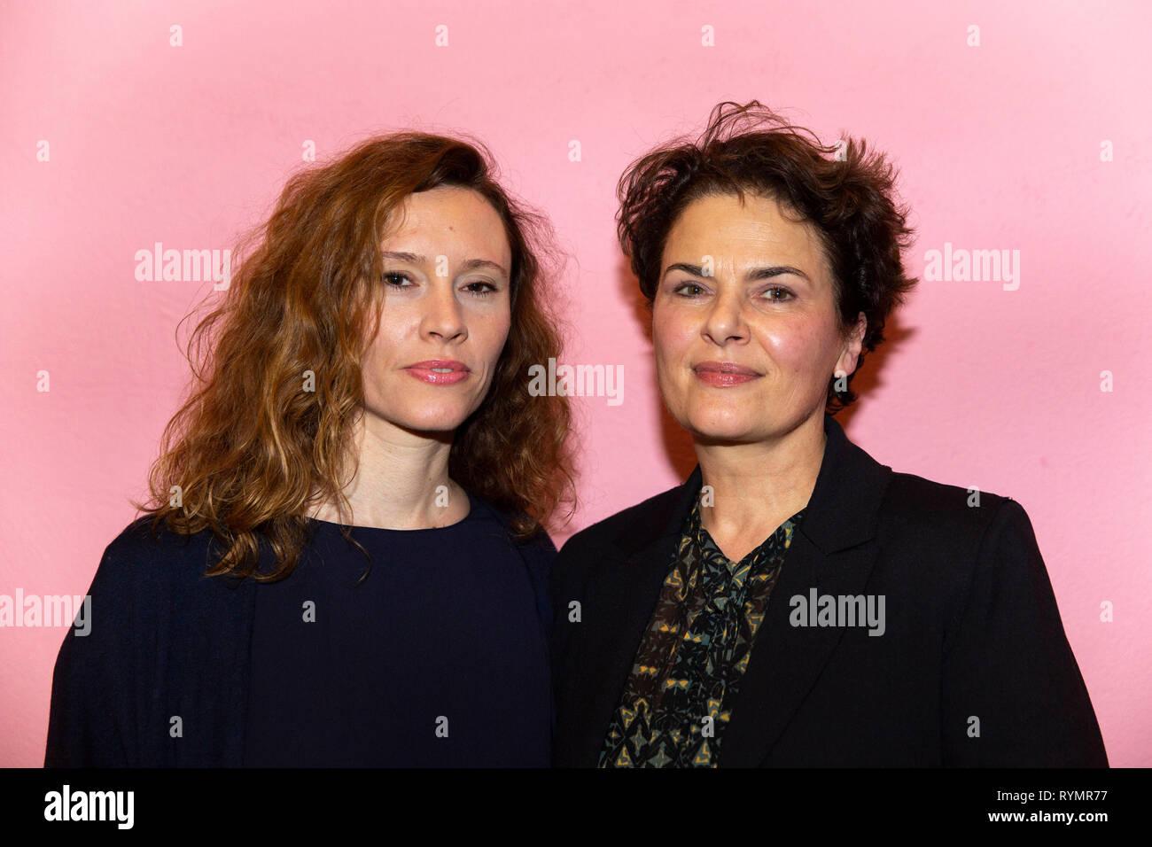 Christine Repond und Barbara Auer bei der Premiere Film Vakuum, Schauspiel Köln, Köln, 13.03.2019 - Stock Image