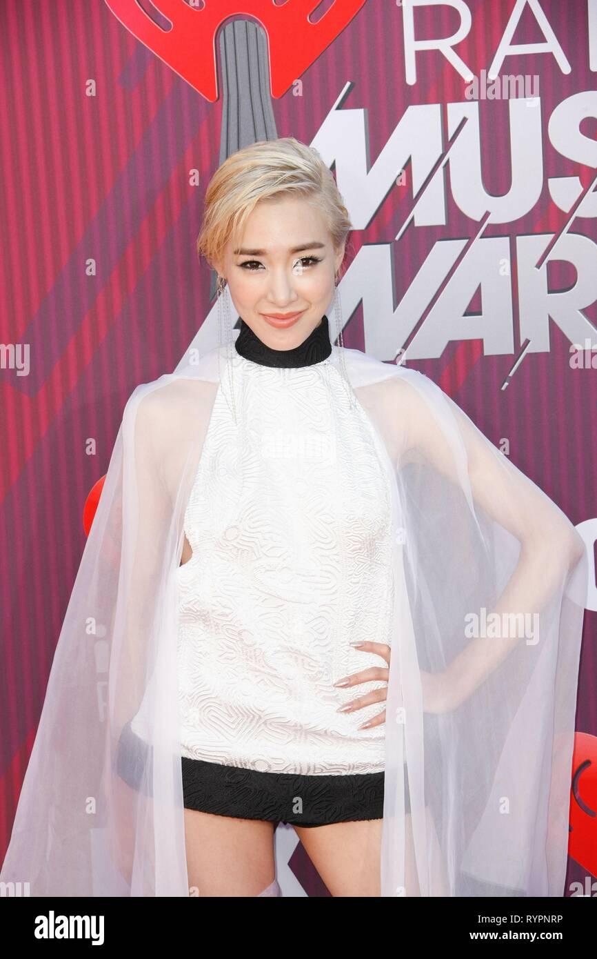 Did Tiffany look good at the iHeartRadio Music Awards