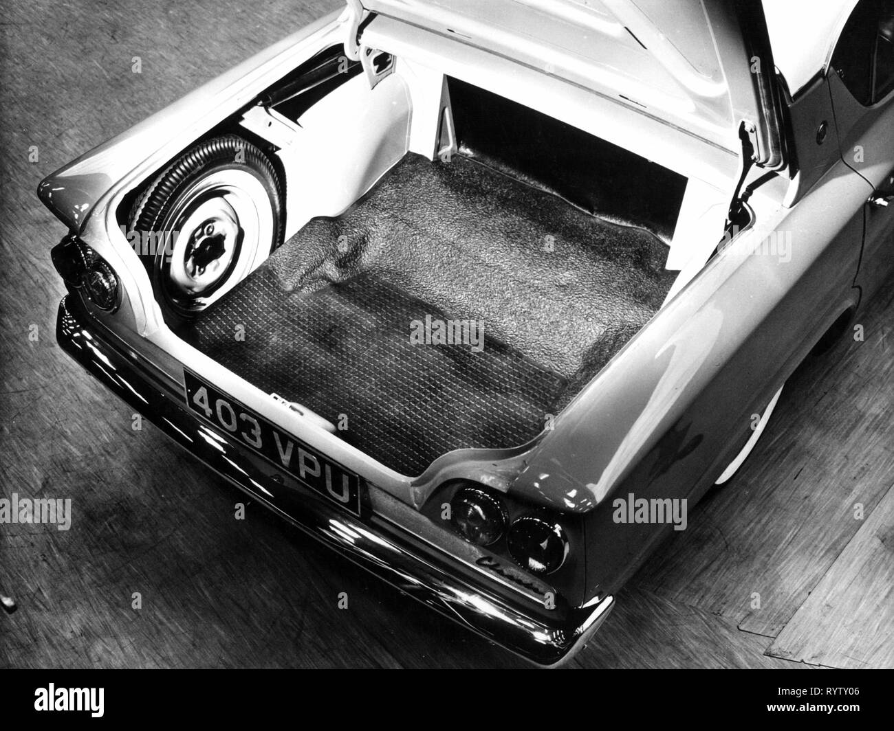 transport / transportation, cars, vehicle variants, Ford Consul Classic, detail, boot, interior view, Ford of Britain, 1961, Ford Consul 315, motor car, auto, automobile, passenger car, motorcar, motorcars, autos, automobiles, passenger cars, vehicle, vehicles, limousine, middle class, spare wheel, spare wheels, spare tyre, spare tire, spare tyres, spare tires, inflatable spare tyre/tire, tyre, tire, tyres, tires, opened, open, Great Britain, United Kingdom, 1960s, 60s, 20th century, transport, transportation, cars, car, detail, details, boot, tr, Additional-Rights-Clearance-Info-Not-Available - Stock Image