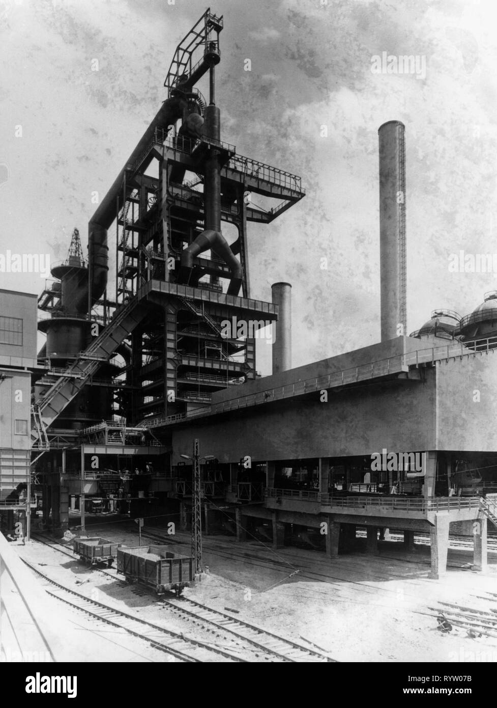 mine, smeltery August Thyssen, factory site, Duisburg, Germany, 1962, Additional-Rights-Clearance-Info-Not-Available - Stock Image