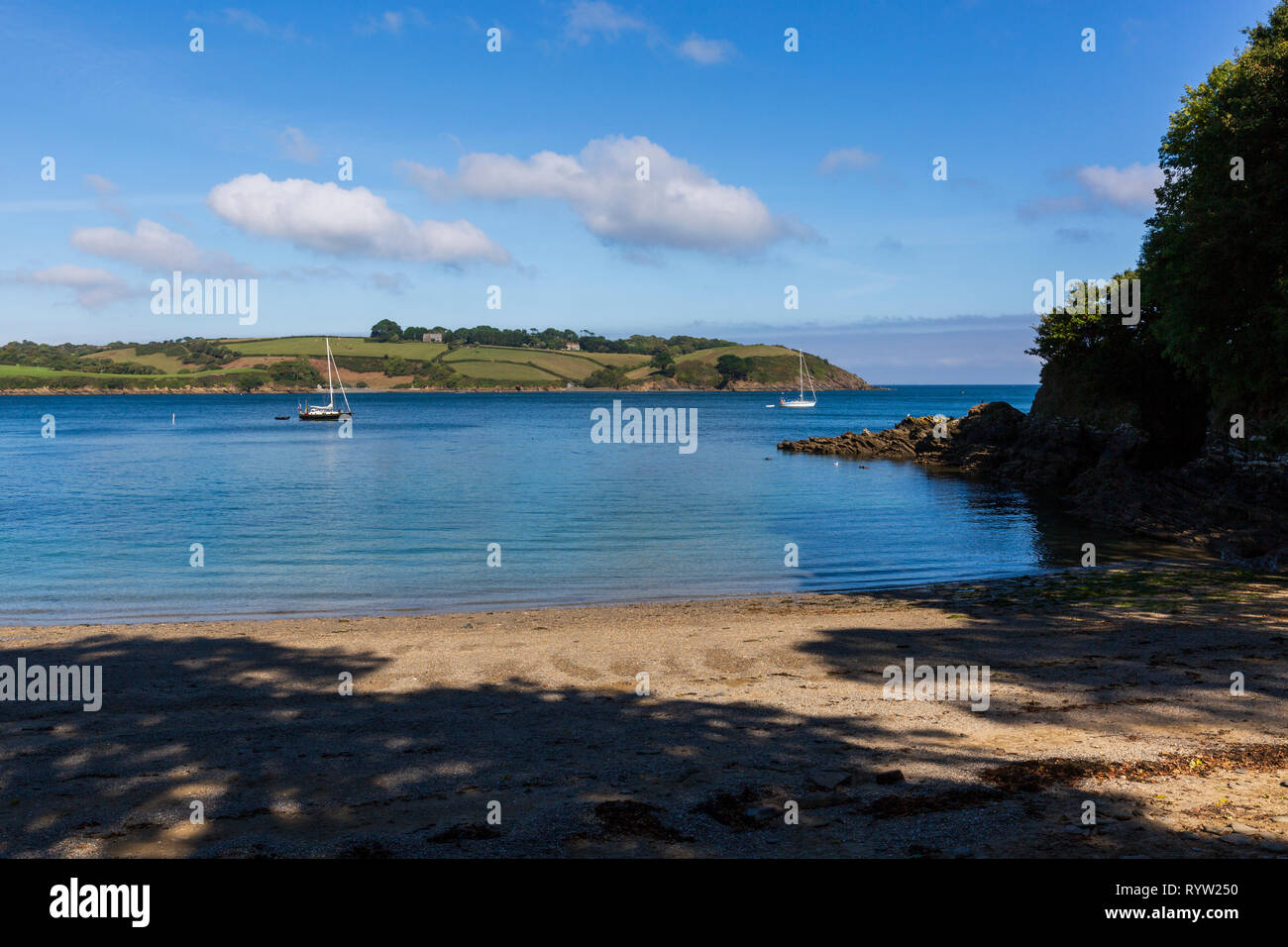 Secluded Cove on the Helford River Estuary in Cornwall, England, UK - Stock Image