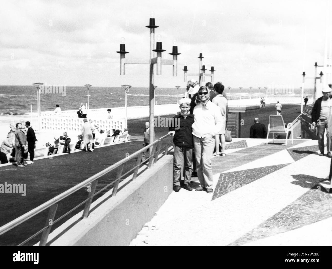 geography / travel, Germany, islands, Sylt, Westerland, promenade, 1960s, Additional-Rights-Clearance-Info-Not-Available - Stock Image