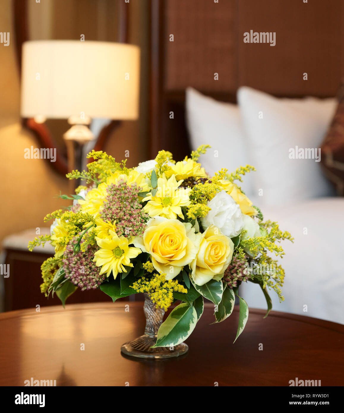 Hotel Flower Arrangement High Resolution Stock Photography And Images Alamy