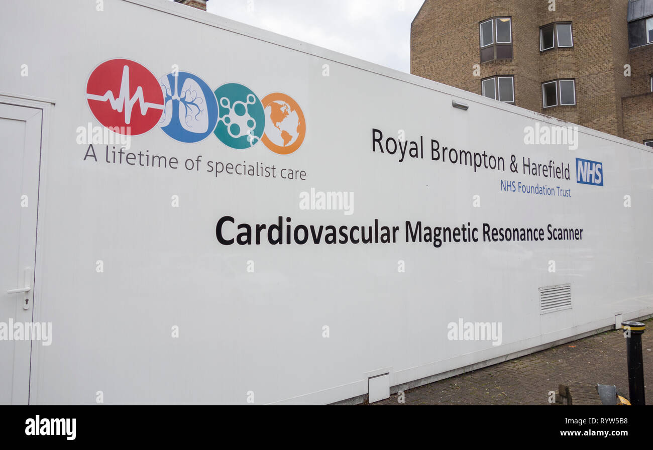 Cardiovascular Magnetic Resonance Scanner and Royal Brompton & Harefield NHS Foundation Trust signage - Stock Image