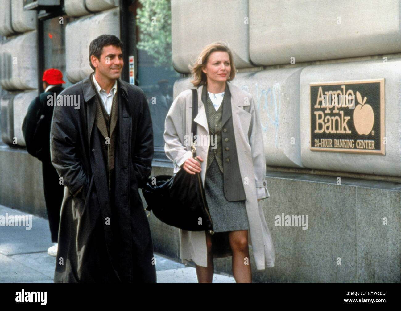 One Fine Day  Year : 1996 USA Director : Michael Hoffman George Clooney, Michelle Pfeiffer Stock Photo