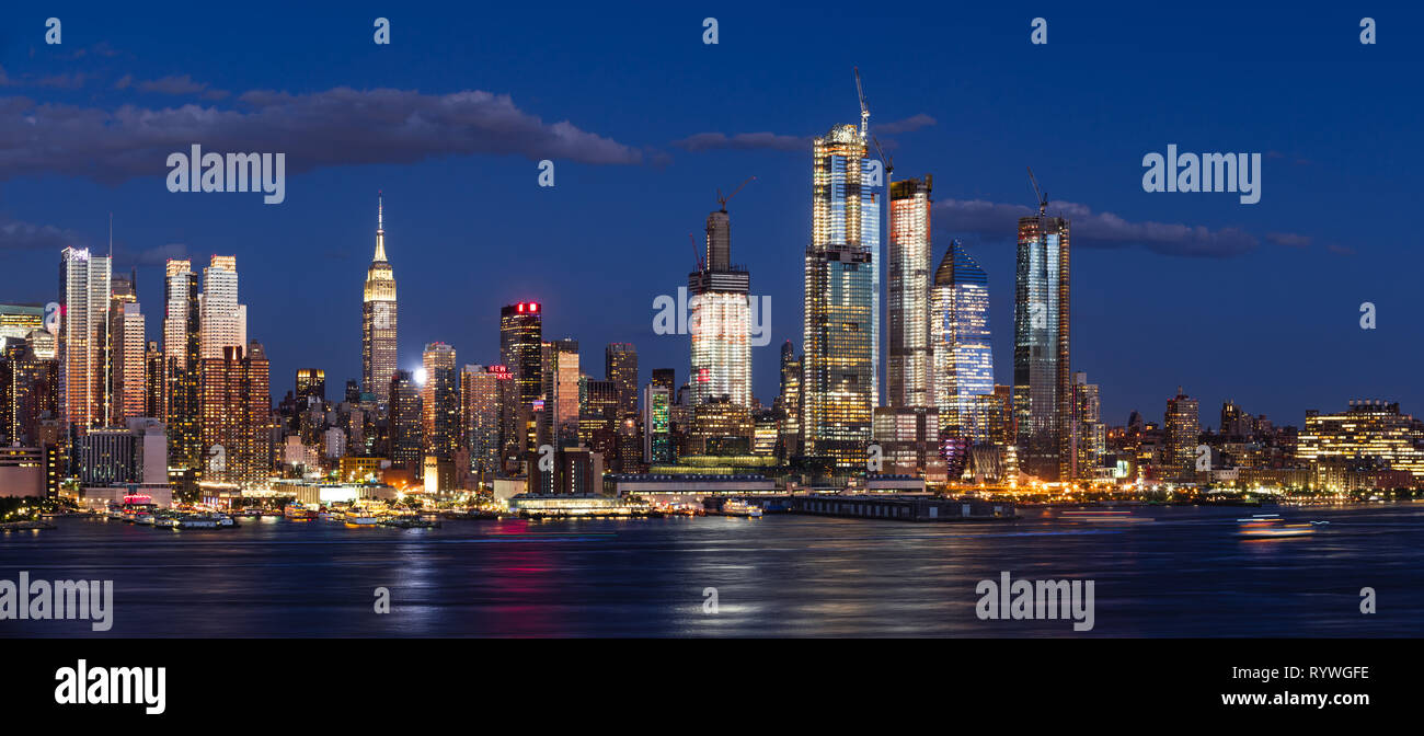 Hudson Yards skyscrapers under construction in Midtown West Manhattan, redifining the New York City skyline - Stock Image