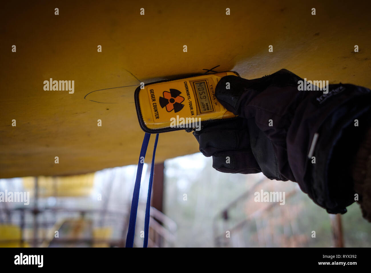 High radiation readings on geiger counter in Pripyat, Chernobyl nuclear power plant exclusion zone - Stock Image