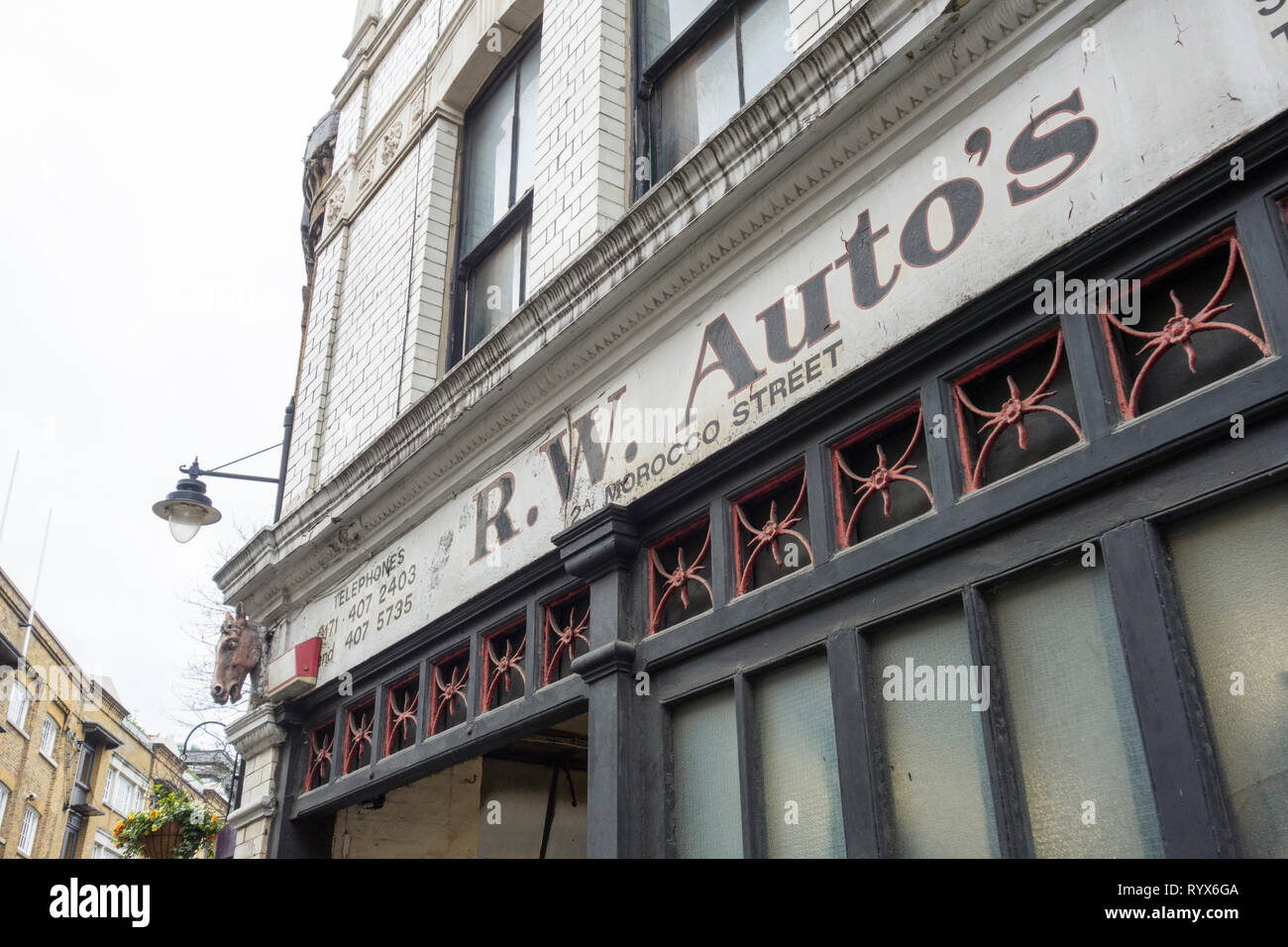 R.W. Autos on Morocco Street, Southwark, London, UK - Stock Image